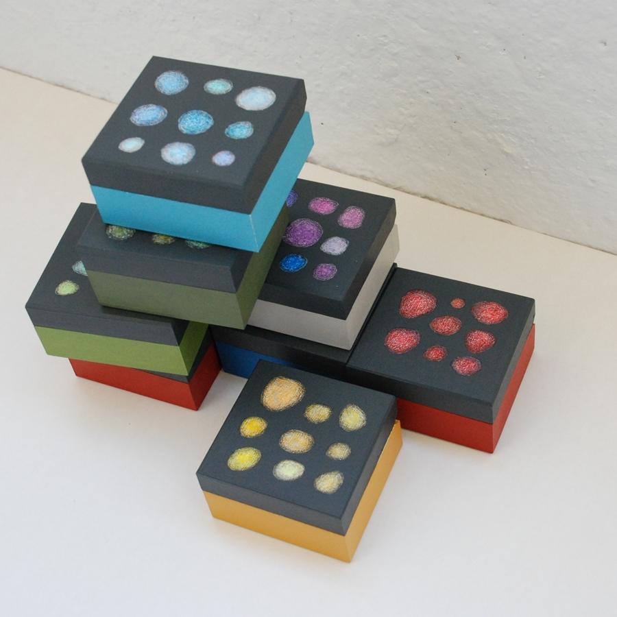 """Labai maža medinė dėžutė """"Mėlyna"""" (box-22)"""