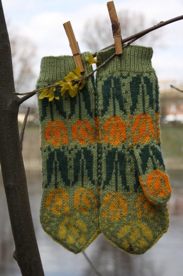 "Original, hand knitted, warm, woolen Mittens ""Yellow Tulips"""