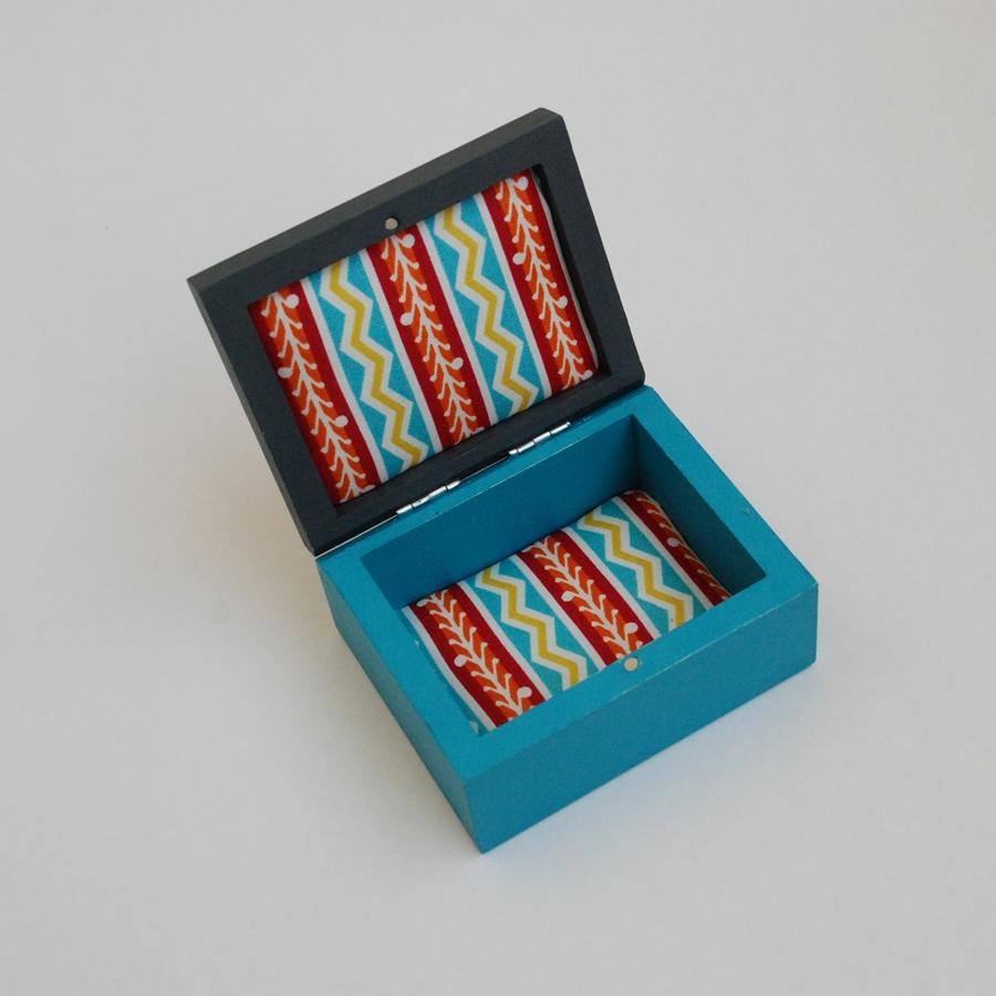 """Maža medinė dėžutė """"Turkio mėlyna"""" (box-08)"""